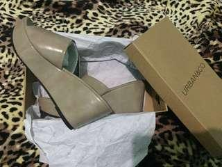 Wedges Urban & co NEW