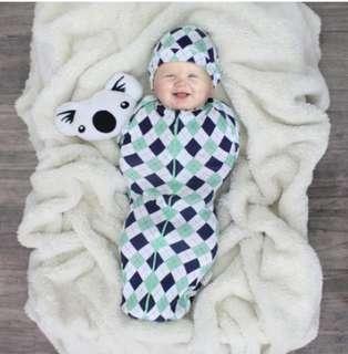 🚚 Baby Swaddle cuddle me