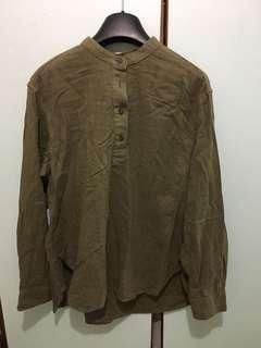 Uniqlo shirt 100%cotton