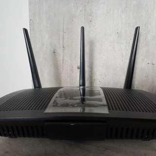 Selling second unit of Linksys EA7500v2 AC1900+ MU-MIMO