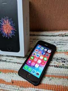 iphone se 64gb black grey 黑 黑色