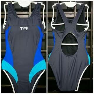 TYR swimsuit M
