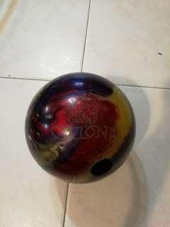 15 lbs Ebonite bowling ball