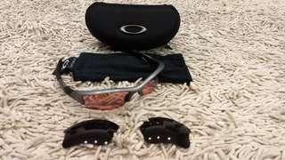 Oakley Flak Jacket Dark Grey with G30 lens