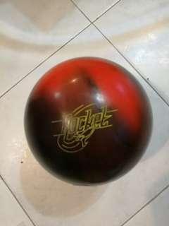 14 lbs Storm bowling ball