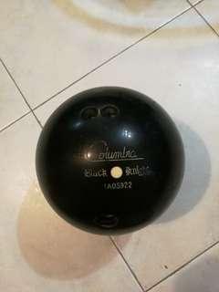 14 lbs Columbia bowling ball