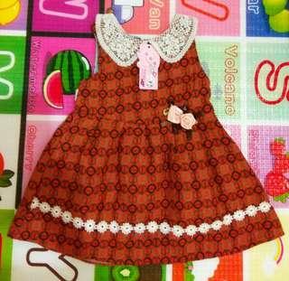 全新淘寶女童毛格紋洋裝,約90cm