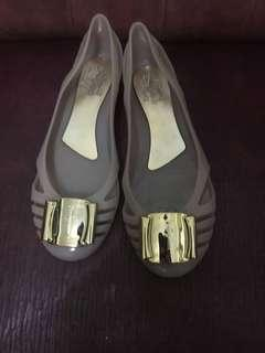 Salvatore feragamo flat shoes colour brown. Size:39. Freong Jabodetabek