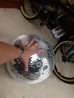 Mirror Ball for.studio and party or photography