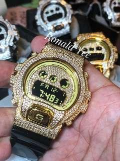 🚚 🏆🏆🏆💯% Authentic and original Casio G-Shock DW-6900 in gold bling bling metal bezel with crystals.