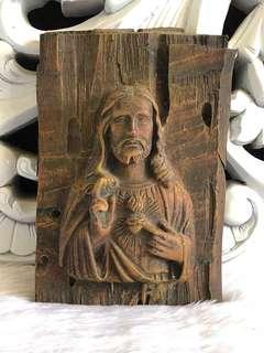 WOODEN JESUS CHRIST DECO