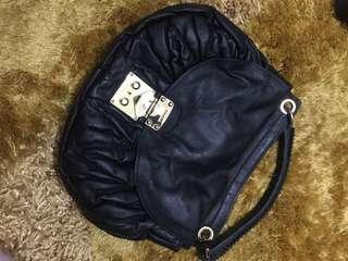 Tas jinjing miu miu ladies original full leather mewah