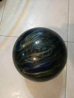 8 lbs Columbia bowling ball