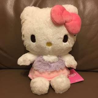Sanrio Hello Kitty 公仔 (紫色/粉紅色裙子)