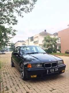 Bmw 318i 1996 manual BMW e36 318i tahun 1996 m/t (manual) warna hitam, surat2 lengkap, pajak hidup bulan mei 2019.