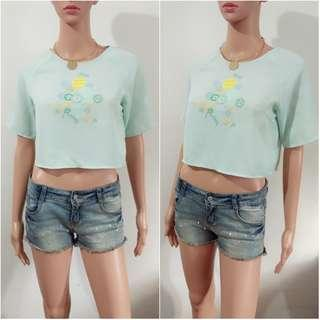(S) Korean mint green crop top