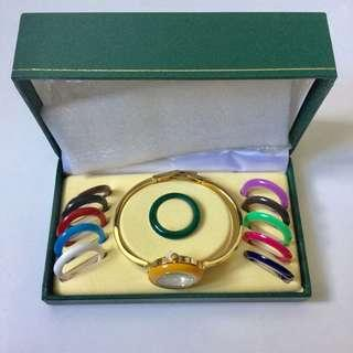 BNEW: Gucci Vintage Bezel Watch