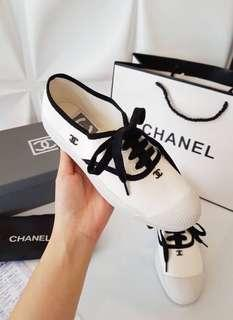 Chanel Sneaker (Mirror Quality)