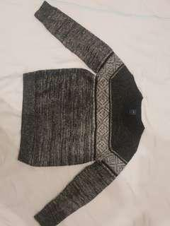 GAP Black and White winter sweater