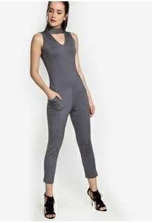 Zalora Ezayra Gray Jumpsuit with pockets