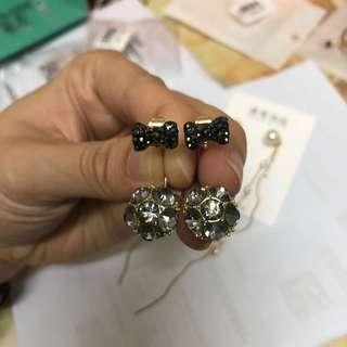(BN) Black Ribbon Ear Studs