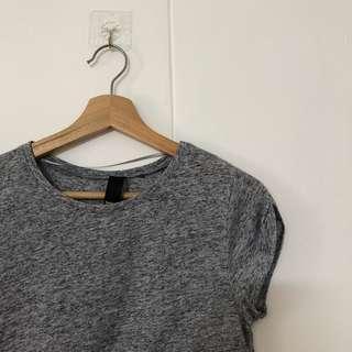Grey basic cuffed sleeves tee