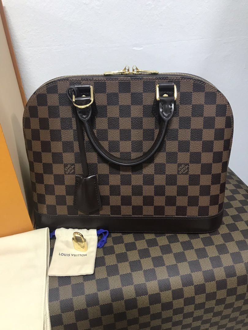 AUTHENTIC LOUIS VUITTON ALMA, Luxury, Bags   Wallets, Handbags on Carousell 8781cc0709