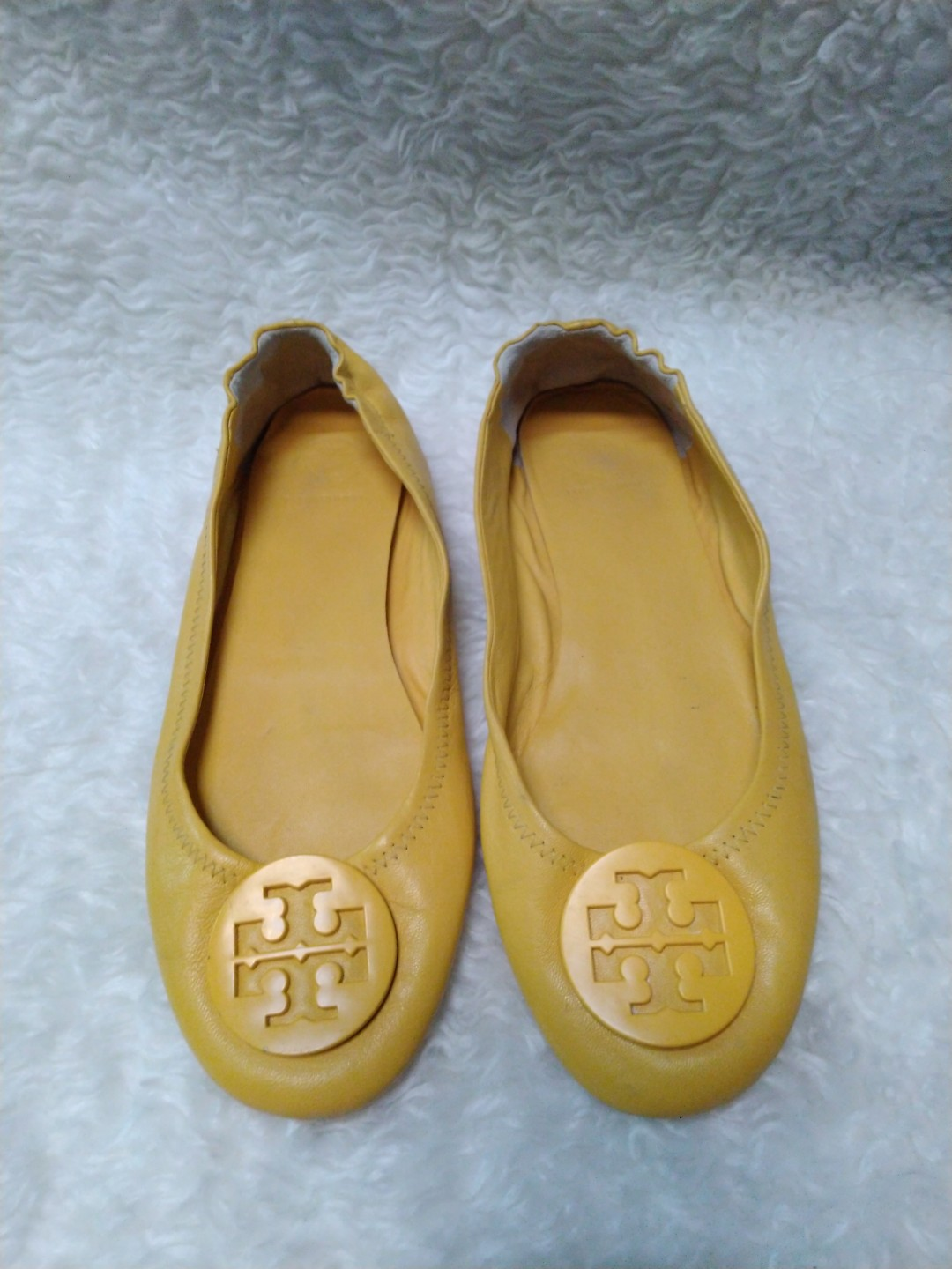 f26ad63bbba805 Authentic tory burch size 7.5
