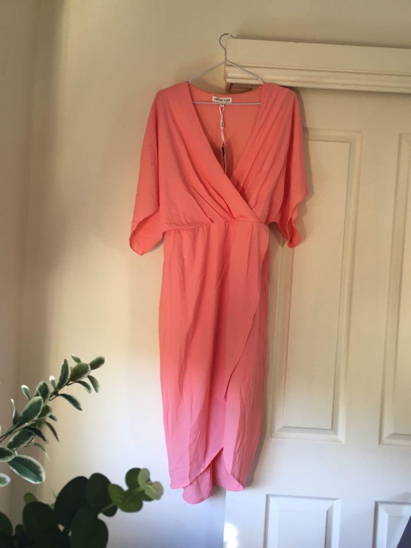 BNWT Fresh Soul size 10 peach dress