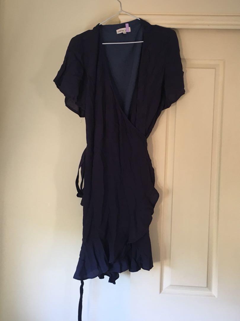 Fresh Soul Blue size 10 wrap dress