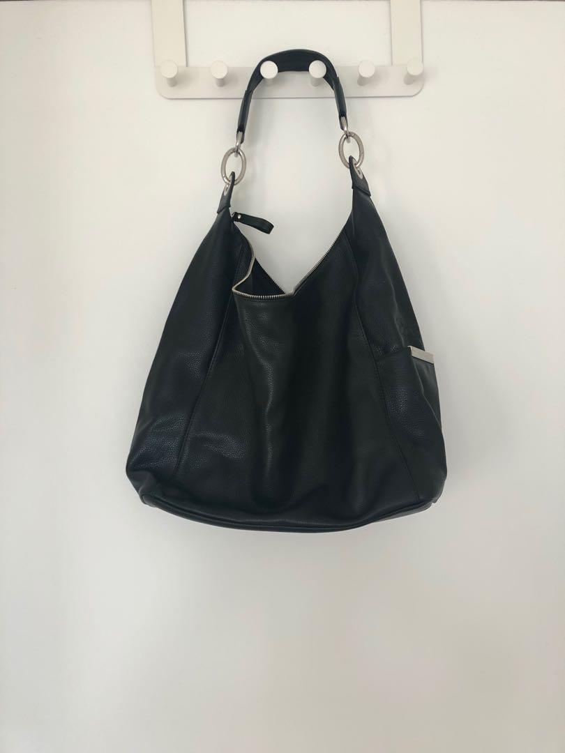 Longchamp black leather bag 919df80e07d91