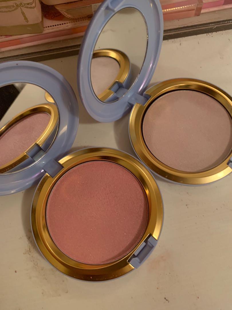 MAC Cinderella blush highlight powder limited edition