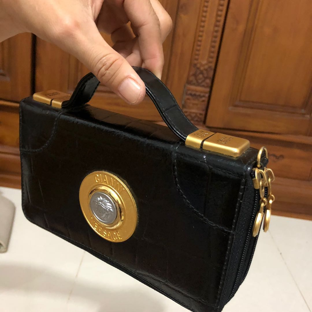 bda31f5a4069 Vintage Authentic Gianni Versace Handbag Clutch