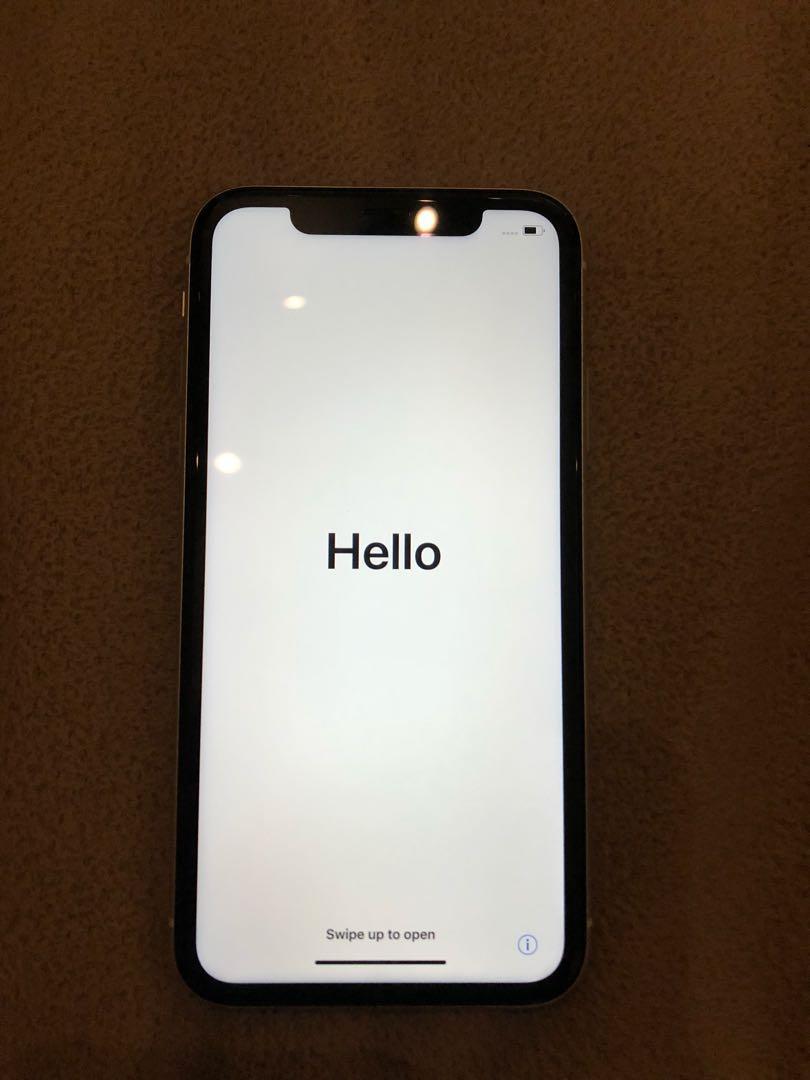 White IPhone XR 64GB