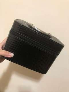 黑色格紋化妝箱
