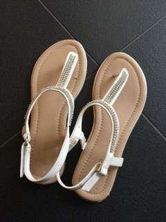 Bata sandal