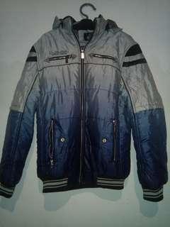 Jacket khusus pendaki gunung