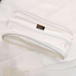 🚚 Dior beauty makeup pouch holder