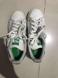 Authentic Adidas Stan Smith Size 6 US