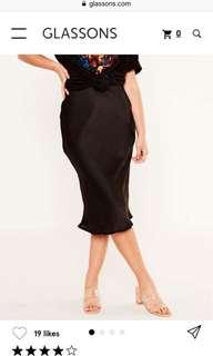 Silk midi skirt - black
