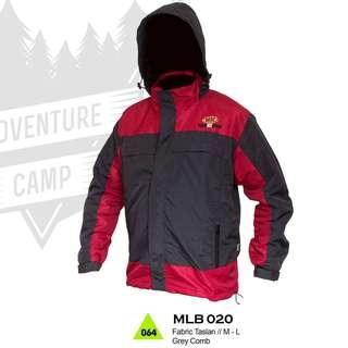 Jaket Gunung Trekking