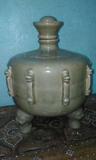 ANTIQUE, celadon jar,