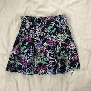Flower patterned skirt