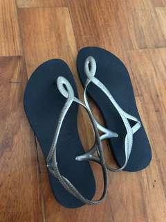 Havaianas Luna Sling Back Slippers