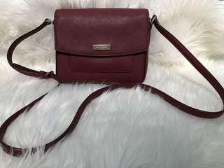 Kate spade sling bag maroon