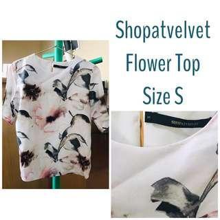 Shopatvelvet Flower