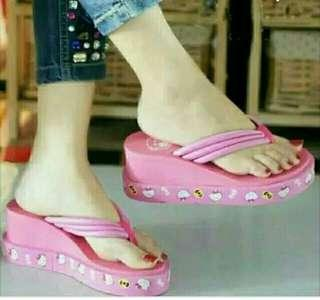 Wedges jepit Hello Kitty