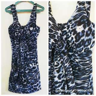 M size Blue Animal Print Dress w/ padding