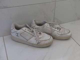 White runners