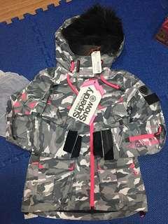 🚚 降半價 全新Superdry Snow 滑雪可用冬季防風防雪外套